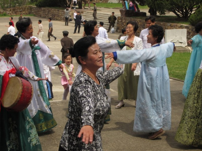 Koreans love to express themselves through dance and song