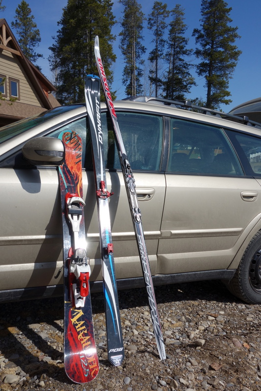 A comparison - fat skiboards, my new dynafits, nordic skis