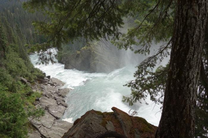 Thundering Cariboo Falls