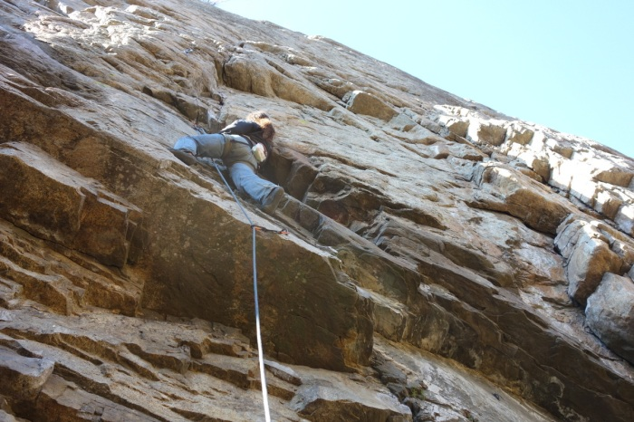 Jaime working up the wall at Skaha Bluffs