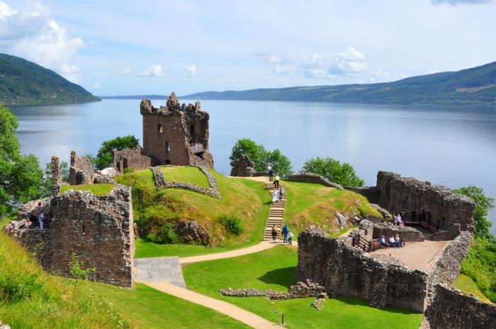 Urquhart Castle on Loch Ness Photo credit: wikimedia.org