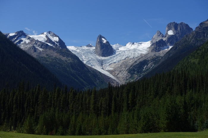 Bugaboos from CMH Lodge