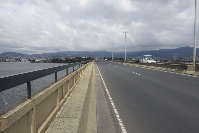 Over the Bowen Bridge to Hobart -- hardly any traffic!
