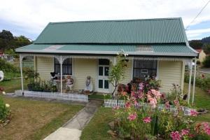 The home of Lyn's hand-made teddy bears