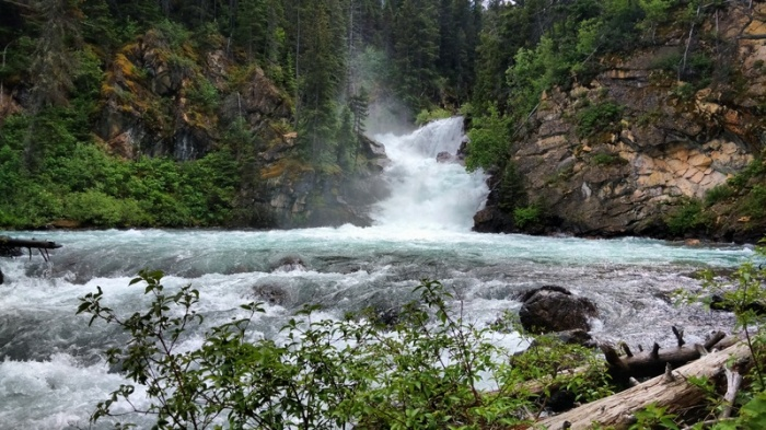 Gross Ventre Falls