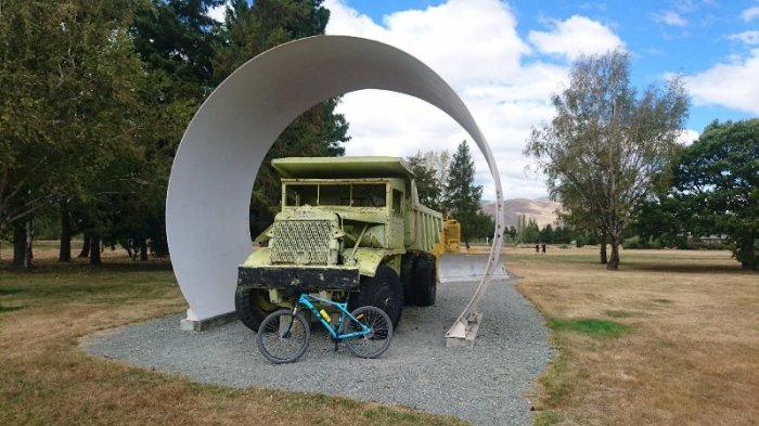 Cycling from Lake Tekapo to LakeOhau